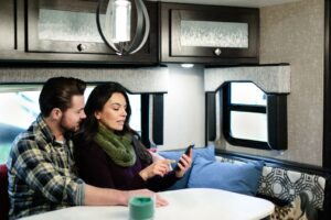 Pros and Cons of Renting Out Your RV [Real Owner Opinions]